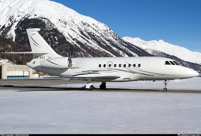 er-kvi-private-dassault-falcon-2000_planespottersnet_348252